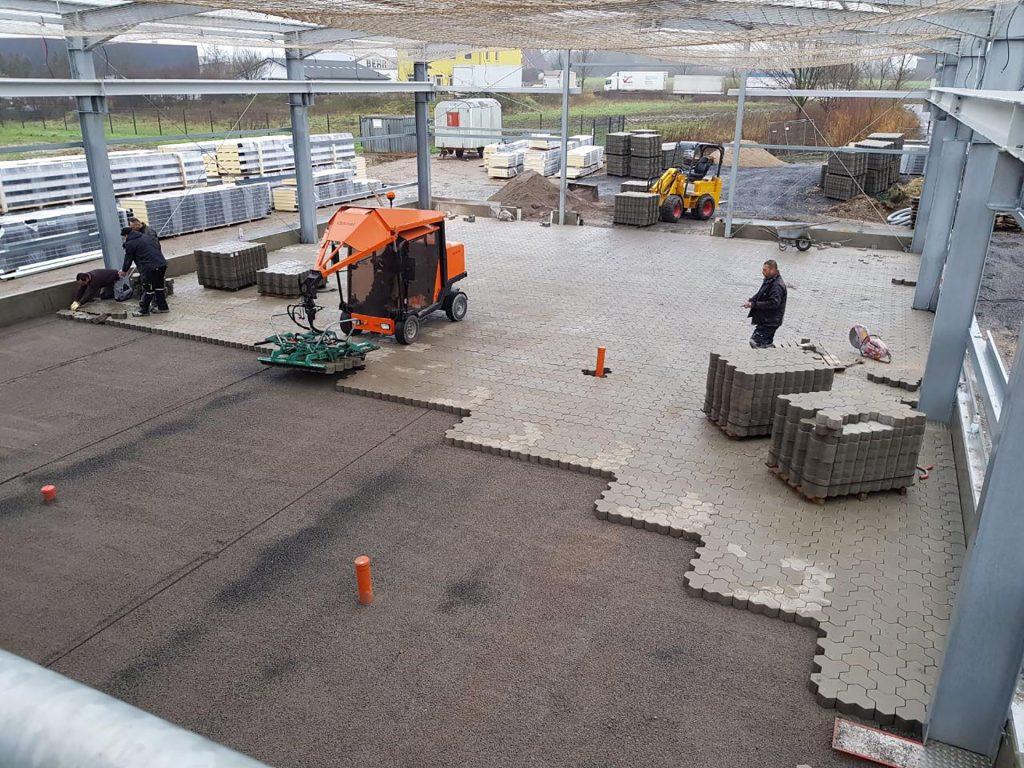 Halimi Pflasterbau Projekte Pflasterung einer gewerblich genutzten Halle